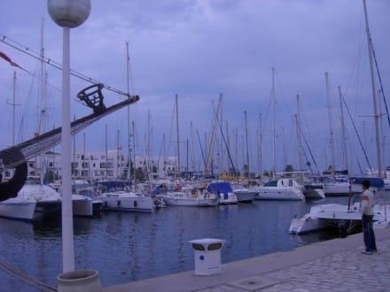 Hafen in der Dämmerung - Yachthafen Port el Kantaoui