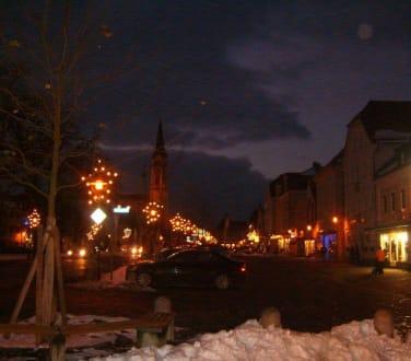 Festbeleuchtung in der Stadt - Plattling