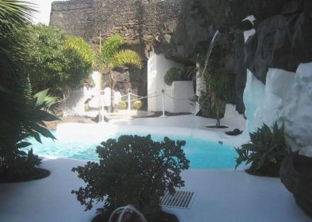 Manriques kleiner Pool - Fundacion Cesar Manrique