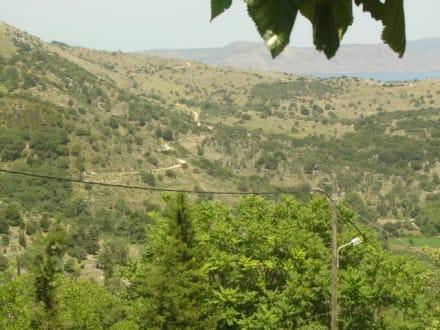 Blick ins Tal von Lappa aus - Argiroupolis & antike Stadt Lappa
