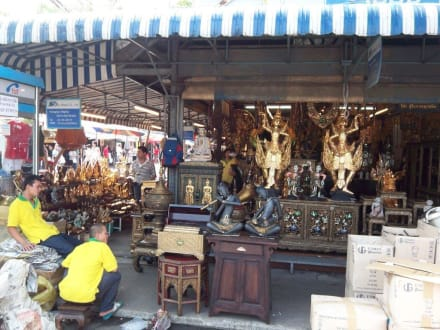 Statuen & Antiquitäten - Chatuchak Weekend Market
