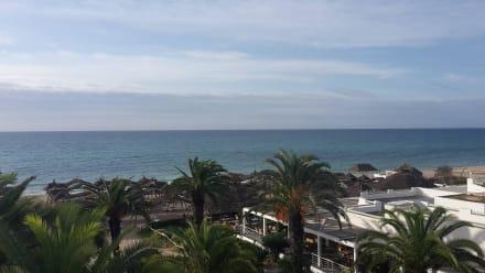 Vue  - Hotel Les Orangers Beach Resort