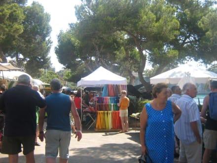 Market/Bazaar/Shopping center  - Weekly market Porto Cristo