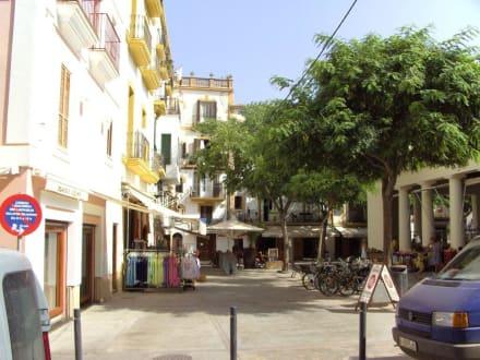 Straßenansicht - Unterstadt Sa Penya
