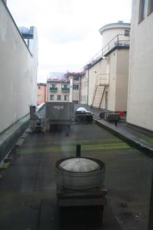 Blick von Zimmer 208 - Hotel Scandic Billingen Skovde