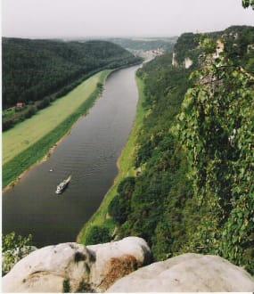 Blick auf die Elbe - Bastei
