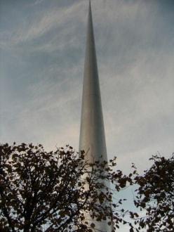 Denkmal - The Spire / Monument of Light