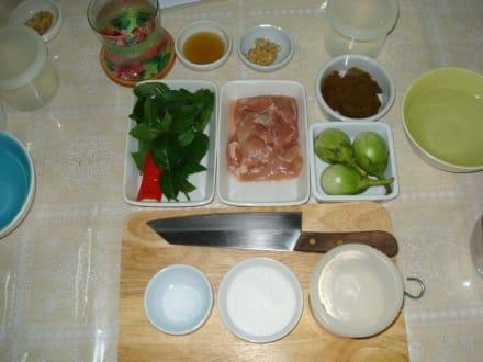 Die Zutaten für die Hauptspeise - Kochschule Kaohom