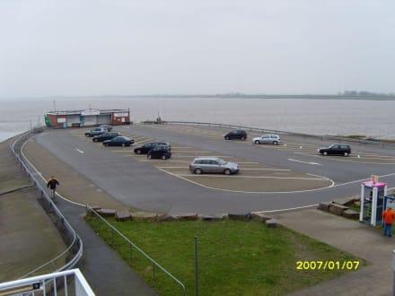 Der Parkplatz! - Eider-Sperrwerk