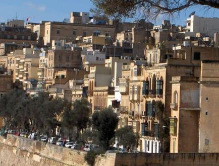 Häuserfront in Valetta - Altstadt Valletta
