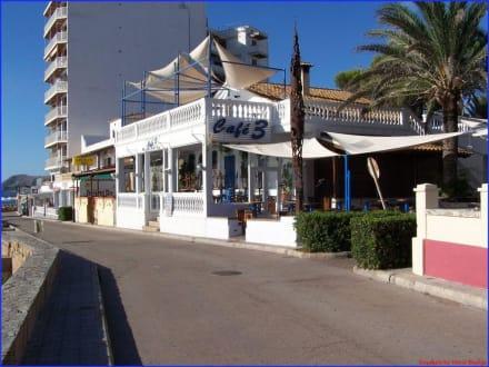 Cafe 3 an der Strandpromenade - Cafe 3 Tres