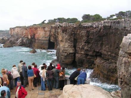 Steilküste mit Höllenschlund - Boca do Inferno