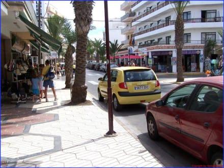 Can Picafort Stadt - Einkaufsmeile