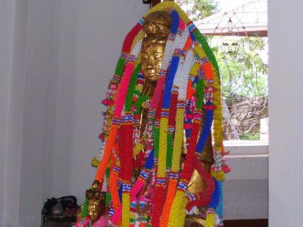 Schöne Farben - Weisser Buddha