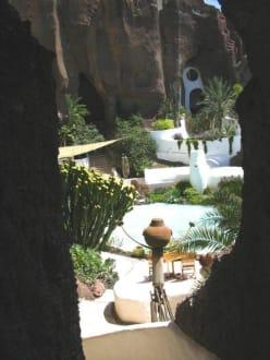 Blick in den Innehof des Lag Omar. - LagOmar Omar Sharif