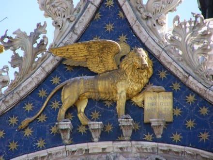 Markuskirche - Basilica di San Marco / Markusdom