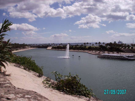 künstliches Meer - Parc de la Mar