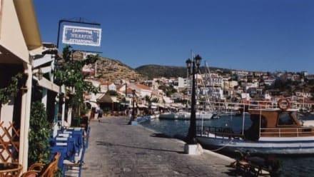 Hafenpromenade von Pythagorion - Hafen Pythagorion