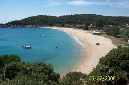 einer der vielen Traumstrände auf Sithonia - Strand Toroni
