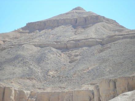 Pyramidenberg - Tal der Könige