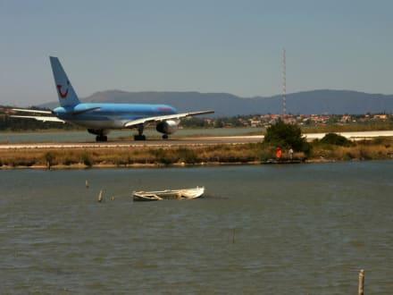 Kerkyra Airport - Flughafen Korfu/Flughafen Ioannis Kapodistrias (CFU)