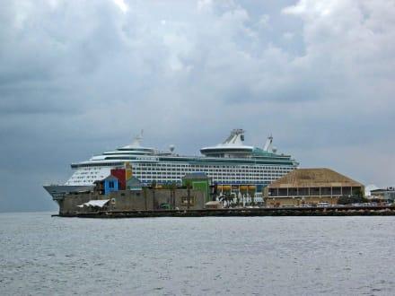 ,,Sea Princess'' - Zentrum Willemstad