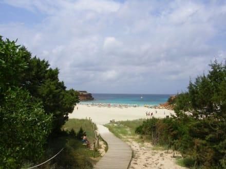 Bucht Cala Saona an der Westseite - Strand Cala Saona