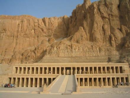 Theben - Tempel der Hatschepsut