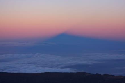 Der Schatten de Pico del Teide 20:57 Uhr - Teide Nationalpark