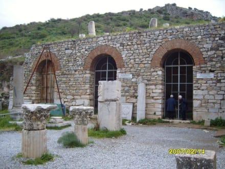 Die Geschäfte in der Agora! - Antikes Ephesus
