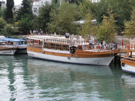 Ausflugsschiffe in Manavgat - Flussfahrt Manavgat