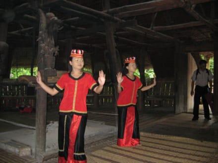 Frauen des Bidayuh Stammes - Sarawak Cultural Village