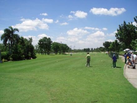 Tee Off - Panya Indra Golf Club