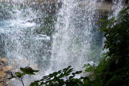 Düden hinter dem Wasserfall - Oberer Düden Wasserfall