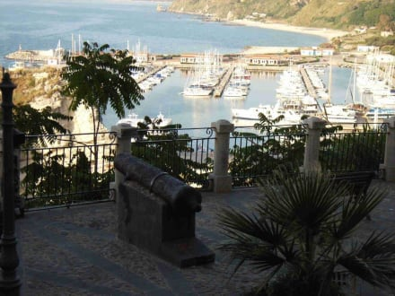 Hafen - Hafen Tropea