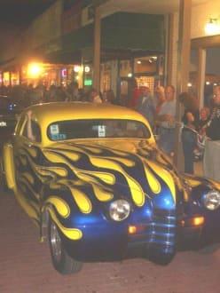 Old Town Parade - Auto & Motorrad Treffen