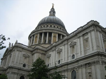 St. Pauls Cathedral - St. Pauls Cathedral