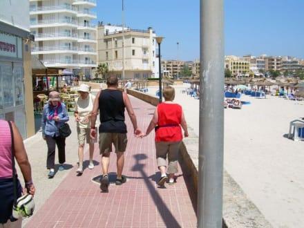 Promenade am Strand von S'Illot - Strandpromenade S'Illiot / S'Illot