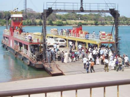 Likonifähre - Likoni Fähre von Mombasa