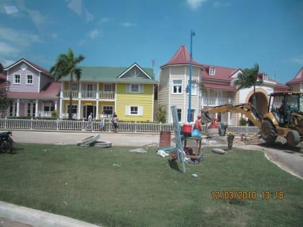 Auch hier wird viel erneuert und renoviert - Halbinsel Samana