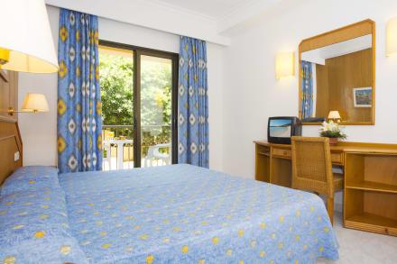 HSM Regana- Standard room -