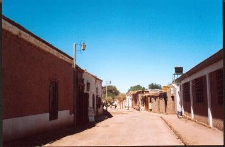Blick in die Hauptstraße von San Pedro de Atacama - San Pedro de Atacama