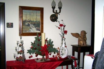 Bezaubernde weihnachtliche dekoration bild hotel schloss for Weihnachtliche dekoration
