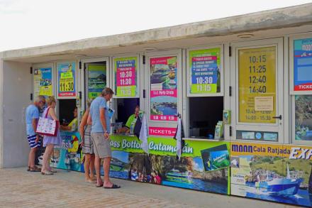 Ticket Verkauf - Hafen Cala Bona