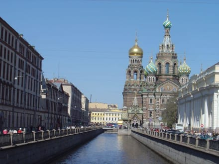 Erlöserkirche - Kanalrundfahrt