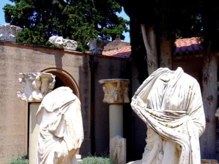 Museumshof von Archea Korinth - Das antike Korinth