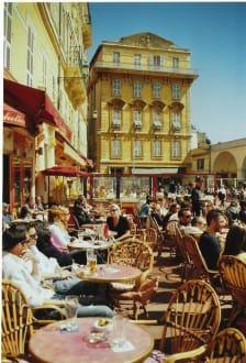 Straßencafe - Altstadt Nizza