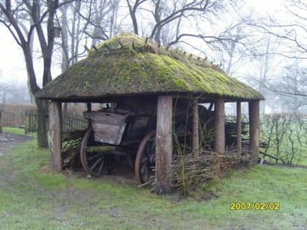 Eine Garage für den Ackerwagen! - Landwirtschaftsmuseum Meldorf
