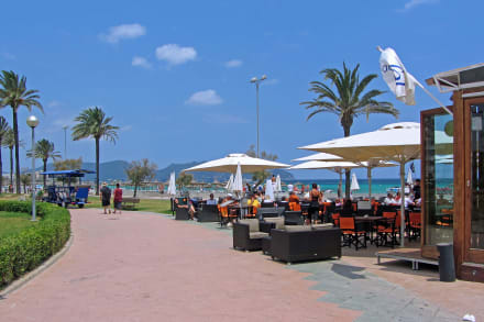 cafe promenade bild cafe del sol in cala millor. Black Bedroom Furniture Sets. Home Design Ideas