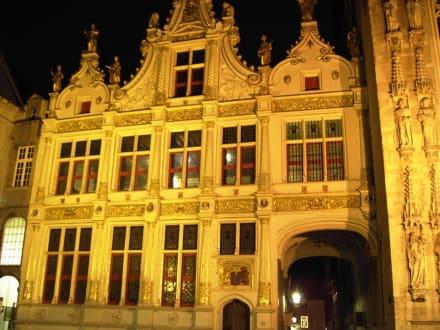 Altstadt Brügge - Rathaus / Stadthuis